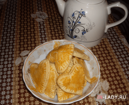 сладкие валентинки с клюквенной начинкой к чаю
